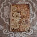 Antik barna virágok emlékkönyv napló, Naptár, képeslap, album, Jegyzetfüzet, napló, Alapozás után bézs színűre festetem ezt az A4-es méretű füzetet. Elejére felkerült a minta..., Meska
