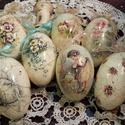 Gyönyörű formájú liba tojások díszítve, Dekoráció, Húsvéti apróságok, Ünnepi dekoráció, Nagyon szép formájú , hatalmas liba tojások különböző díszítéssel.  Az ár a képen láth..., Meska