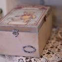 Baba kelengye doboz , Ékszer, óra, Dekoráció, Baba-mama-gyerek, Ékszertartó, Decoupage, transzfer és szalvétatechnika, Rendelésre készítek kisfiúknak tároló dobozokat. A dobozhoz rendelhető kislányos mintával is. első ..., Meska