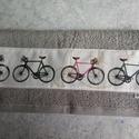 Biciklis törölközö, Férfiaknak, Legénylakás, Bringás kiegészítők, Varrás, 50x100 cm-es jó minőségi frottír törölköző és bicikli mintás pamutvászon társításából jött létre. G..., Meska
