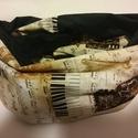 Muzikalisál, Ruha, divat, cipő, Kendő, sál, sapka, kesztyű, Sál, Amerikai dizájner puplinból készítettem. A fekete is hangjegy, mintás.  Mérete: cca: 140x30 cm  Szem..., Meska