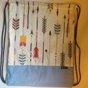 Indiános hátizsák, tornazsák, Táska, Hátizsák, Indián nyilakkal díszített pamutvászon az eleje, háta és alja kék vászon. Mérete: cca:33 x 39 cm Kér..., Meska