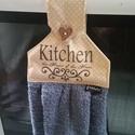 A konyha az othon lelke,  transzferált kéztörlő, Konyhafelszerelés, Dekoráció, Pöttyös pamutvászonra transzferáltam a ma oly divatos mintákból egy konyhába illőt. Minőségi  textil..., Meska