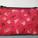 Zene-szesszer, Táska, Mindenmás, Neszesszer, Hangszer, zene, Dizájner amerikai hangjegy mintás puplinból készítettem, az eleje piros, a háta fekete hangjeg..., Meska