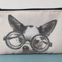 Szemüveges csivava, Táska, Mindenmás, Neszesszer, Hangszer, zene, Nano technológiás bútorszövetre transzferáltam a kutyust. Hátoldala fekete zsenília  dekorszövet. Ta..., Meska