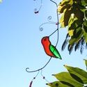 tiffany kolibri függő dísz, Dekoráció, Otthon, lakberendezés, Dísz, Üvegművészet, Tiffany technikával készült 30 cm hosszú kolibrit faágon mintázó réz függő dísz. A kolibri rajta 8c..., Meska