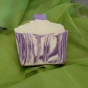 """Édes levendula - szappan, Szépségápolás, Szappan, tisztálkodószer, Natúrszappan, Növényi alapanyagú szappan, Szappankészítés, A """"Levendula örvény"""" alapanyagát kissé újragondolva született meg ez a díszes, sütire emlékeztető s..., Meska"""