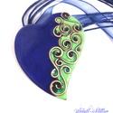 Aszimmetrikus szív alakú, reneszánsz stílusú tűzzománc medál  KIFUTÓ TERMÉK, CSAK ÉV VÉGÉIG, Ékszer, Medál, Nyaklánc, Egyedi, saját tervek alapján, kézzel készült, romantikus aszimmetrikus szív alakú tűzzománcozott med..., Meska