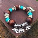 """,,Afrika"""" rugalmas karkötő, Ékszer, Karkötő, ,,Afrika""""  Nagyméretű fa gyöngy,10 mm-es türkinit gyöngy és howlit rondelle felhasználásá..., Meska"""