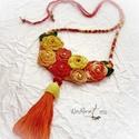 Extravagáns bohém nyaklánc , piros-narancs, Ékszer, Nyaklánc, A bohém kollekcióm  egyik vidám darabját látod,.  Horgolással készült, színes virágokkal , gyöngyökk..., Meska