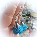 Fülbevaló, horgolt virágos, a kék nyakbavalóhoz, Ékszer, Fülbevaló, A fülbevaló vékony pamutfonalból  horgolással készült. Tüneményes kis virág, csodák kék színben, , p..., Meska