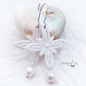 Csipke fülbevaló , barokk gyöngyökkel, Ékszer, Fülbevaló, Régi csipkéből készült ez a pillekönnyű, ámde nagyon dekoratív , romantikus  fülbevaló. Alul egy cse..., Meska