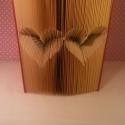 Dupla Inverz Szív formájú könyvszobor - Esküvőre- Lakodalomba - Szerelmeseknek- Valentin napra-vers- E26, Dekoráció, Esküvő, Otthon, lakberendezés, Dísz, Papírművészet, Újrahasznosított alapanyagból készült termékek, Hajtogatott könyv vagy más néven könyv origami.   ****ALAP INFORMÁCIÓK**** A hajtogatott könyv ideá..., Meska
