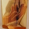 Kéz formájú hajtogatott könyvszobor - segítségnyújtás - jelbeszéd - Origami ajándék - E308, Dekoráció, Képzőművészet, Otthon, lakberendezés, Szobor, Papírművészet, Hajtogatott könyv vagy más néven könyv origami.   ****ALAP INFORMÁCIÓK**** A hajtogatott könyv ideá..., Meska