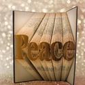Peace feliratos hajtogatott könyv origami - Peace - Béke - Valentin nap , Dekoráció, Otthon, lakberendezés, Dísz, Hajtogatott könyv vagy más néven könyv origami.  Egyedi elképzelés alapján bármilyen szöveg elkészít..., Meska