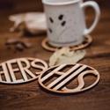 HERS és HIS mintájú páros lézervágott fa poháralátét - pároknak - kávénak - teának - A003, Dekoráció, Konyhafelszerelés, Mindenmás, Edényalátét, A szett 1 db HERS és 1 db HIS mintájú poháralátétet tartalmaz. A feltüntetett ár a szettre értendő. ..., Meska