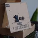 COFFEE MOCHA-kávébab fülbevaló-kotyogós kávéfőző kitűző betonból , Ékszer, Fülbevaló, Ékszerkészítés, A COFFEE fülbevalók nikkelmentes fémmel, kávé (sötétbarna) színben készülnek. Kérésre műanyag fülbe..., Meska