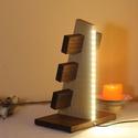 Óratartó 6 db-os, LED fénnyel (Diófa és Cseresznyefa), A kétféle fa felhasználásával kialakított á...