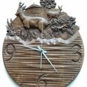 Vadász tölgyfa falióra - őz, Férfiaknak, Otthon, lakberendezés, Horgászat, vadászat, Falióra, Famegmunkálás, Lúgozott tölgyfából készült faragott falióra, méhviasszal felületkezelve. ? 34cm, magassága kb 42cm..., Meska