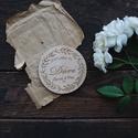 Névre szóló alternatív esküvői ültetőkártya, poháralátét, Egyedi tervezésű, rétegelt lemezből készült ...