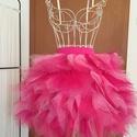 Pink cakkos tüllszoknya, Ruha, divat, cipő, Női ruha, Szoknya, A szoknyát rózsaszín és pink tüllből készítettem. Derékbősége szabályozható:66-74 cm Szoknya hossza:..., Meska