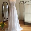 Szaffi ruha, Esküvő, Menyasszonyi ruha, Varrás, A ruha két részből áll. Alapruha rövid, csipke díszítéssel. Van hozzá egy hosszú muszlin szoknya. M..., Meska