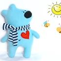 Teddy maci, Baba-mama-gyerek, Játék, Játékfigura, Plüssállat, rongyjáték, Baba-és bábkészítés, Varrás, Puha, ölelgethető, vidám maci. Kiváló játszótárs. A legkisebbeknek is adható.  23 cm magas, Meska