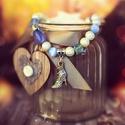 Kék romantika karkötő, Ékszer, óra, Esküvő, Karkötő, Ékszerkészítés, Gyöngyfűzés, Csodaszép, kék árnyalatú üveg gyöngyökből, cseh gyöngyökből készült karkötő.  Extra erős gumis dami..., Meska
