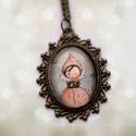 Tündér, virágtündér nyaklánc, medál, üveglencsés medál, Ékszer, Nyaklánc, Medál, Vintage stílusú tündérkés nyaklánc. A medál hossza 3 cm. A nyaklánc hossza: 50 cm  ( A lánc hossza k..., Meska