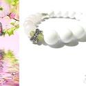 """""""Lady Butterfly"""" ásványkarkötő, Ékszer, Karkötő, 10 mm-es fehér jáde és rózsakvarc ásványgyöngyökből készítettem ezt a karkötőt, melyet ..., Meska"""