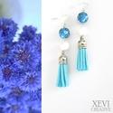 Búzavirág - kék bojtos fülbevaló, Ékszer, Fülbevaló, Kék mintás gyurma gyöngy, illetve fehér jáde ásványgyöngy és világoskék műbőr bojt felh..., Meska