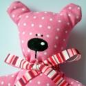 Pöttyös Mico, a marokmaci - rózsaszín , Baba-mama-gyerek, Játék, Baba-mama kellék, Játékfigura, Nem tudod,hogy mit vigyél a barátnőd gyermekének születésnapja alkalmából ajándékba? Itt a tökéletes..., Meska