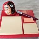 Bagolyszerelem jegyzetelő, Dekoráció, Otthon, lakberendezés, Kép, Asztaldísz, Családotokba, vagy ajándékba készülnek ezek a jegyzetelő fatáblácskák. A Bagolyszerelem piros akrilk..., Meska