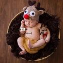 Horgolt rénszarvas babasapka + rénszarvas figura szett, Baba-mama-gyerek, Játék, Baba-mama kellék, Játékfigura, Horgolt rénszarvas babasapka és rénszarvas figura szettben.  Ideális újszülött fotózáshoz v..., Meska