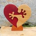 Ölelkező szívek, Otthon & Lakás, Dísztárgy, Dekoráció, Famegmunkálás, Festett tárgyak, Égerfából ,vagy hársfából készült dekoráció. Szétszedhető! Mindkét oldala festett! Gyerekjátékokra ..., Meska