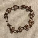 Vörösréz karkötő, Ékszer, Karkötő, Antikolt vörösrézből készítettem. A lánc hossza 17 cm., Meska