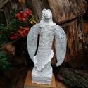 Angyal  31,5 cm, Mindenmás, Vallási tárgyak, Szobrászat, Újrahasznosított alapanyagból készült termékek, Paverpol technikával készült, fa alapzaton álló angyal szobor. 31,5 cm magas.    , Meska
