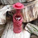 Női ruha boros üvegre, Mindenmás, Furcsaságok, Mindenmás, Paverpol technikával készült női ruha kalappal, nyaklánccal 7,5 dl-es boros üvegre. A kalapot kétol..., Meska