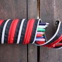 tolltartó  ezüst-fekete-piros cipzárspirál, Táska, Divat & Szépség, Táska, Pénztárca, tok, tárca, Tolltartó (kb. 21x7cm)  Ezek a tolltartók egyediek, praktikusak és szépek. Nincs többé unalom a tanó..., Meska