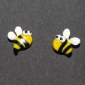 Méhecskés fülbevaló, Ékszer, Fülbevaló, Fimo gyurmából készült cukiság :)  Méret: kb. 1,5*1,5  Rendelésre!  , Meska