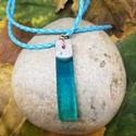Egyedi kék műgyanta medál, Ékszer, Medál, Nyaklánc, Műgyantából és ékszerbetonból készült egyedi medál. A műgyanta kék festékkel van színez..., Meska