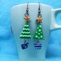 Karácsonyfa fülbevaló süthető gyurmából, Ékszer, Fülbevaló, Süthető gyurmából készült ez a kis karácsonyi fülbevaló, tökéletes viselet ünnepekre!, Meska