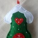Mézeskalács házikó (piros-fehér-zöld), Dekoráció, Ünnepi dekoráció, Karácsonyi, adventi apróságok, Karácsonyi dekoráció, Karácsonyi dekoráláshoz, ajándékdíszítéshez ajánlom, ezt a kézzel készült zöld színű,..., Meska