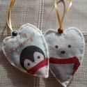Pingvin és jegesmedve mintás szívecske karácsonyfadísz, Dekoráció, Ünnepi dekoráció, Karácsonyi, adventi apróságok, Karácsonyfadísz, Karácsonyi dekoráláshoz vagy ajándékként ajánlom, ezt a 2 db-ból álló pingvin és jegesmed..., Meska