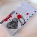 Piros-szürke szívecske mintás kártyatartó , Születésnap, névnap  alkalmából ajánlom ezt ...