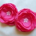 Pink színű selyemvirág  (2 db), Ezt a 2 db-ból álló, kb.5 cm átmérőjű, pink...