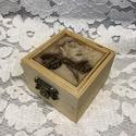 Gyűrűtartó doboz négyszögletes virágos tetejű, Különleges alkalomra különleges kiegészítő!...
