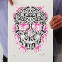 Sweet Streets Skull, Képzőművészet, Grafika, Rajz, Illusztráció, Fotó, grafika, rajz, illusztráció, Limitált szériájú 2 színes rizográfia, csak 50 darab készült belőle.  A nyomat az alkotó (azaz én :..., Meska