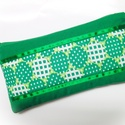 Újrahasznos!-zöld mintás neszesszer/tolltartó, Táska, Neszesszer, Varrás, Körültekintő mosás, vasalás után kapott új esélyt egy leselejtezett zöld nadrág ennek a neszesszern..., Meska