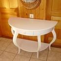 Fésülködő asztal, Bútor, Dekoráció, Asztal, Teljesen egyedi, fiókos fésülködő asztal, íves lábakkal és kávával. Szélessége: 105 cm, ..., Meska